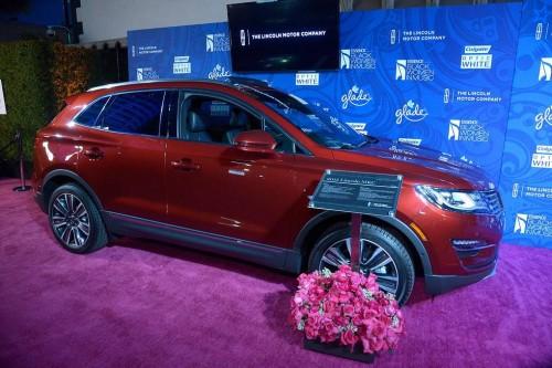 1. The 2015 Lincoln MKC, Black Label trim