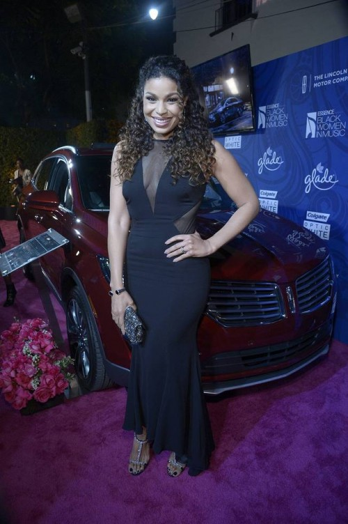 2. Singer Jordin Sparks poses with the 2015 Lincoln MKC on the red carpet