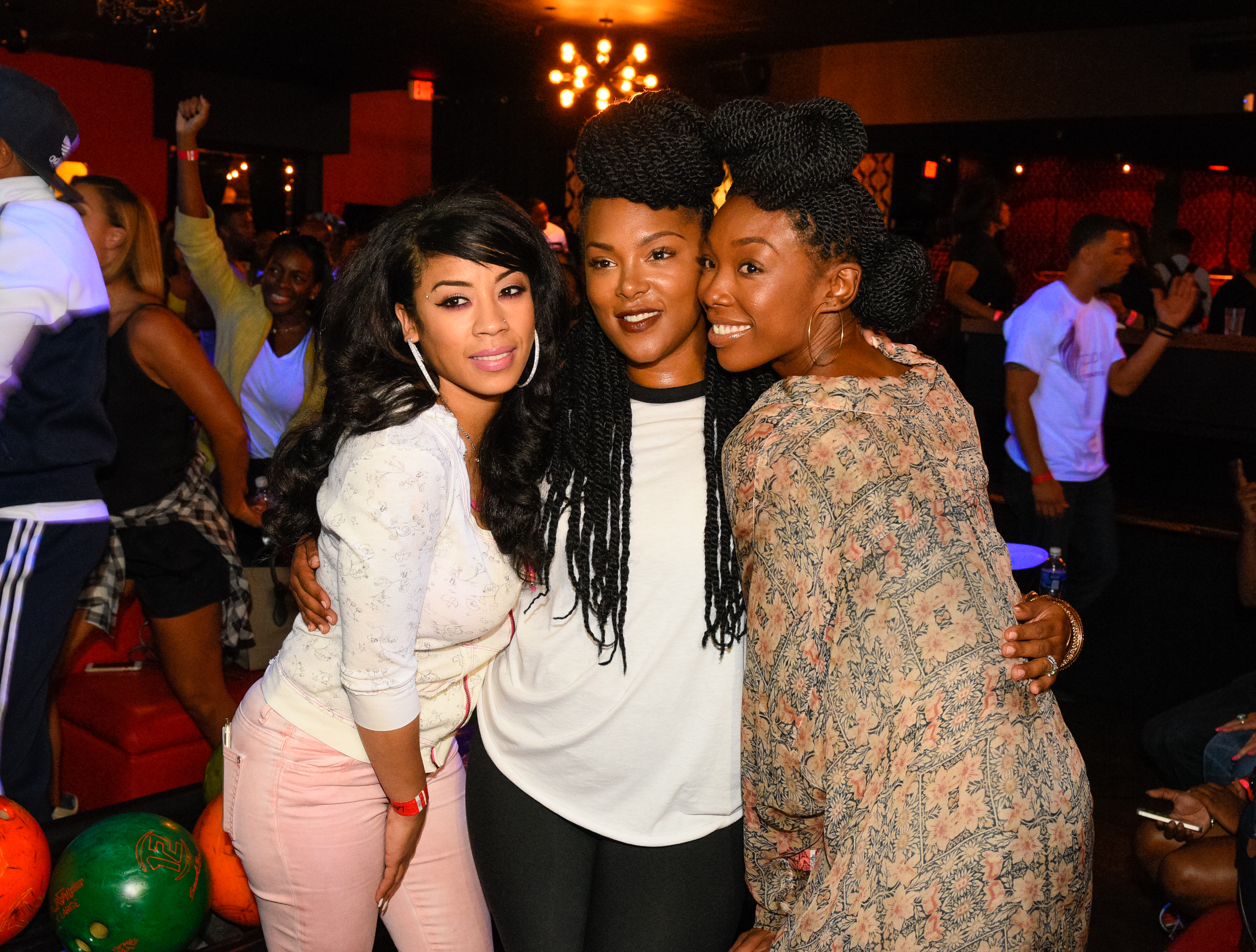 Brandy, Keyshia Cole, Terrance J & More Bowl At Celebrity Charity Event!