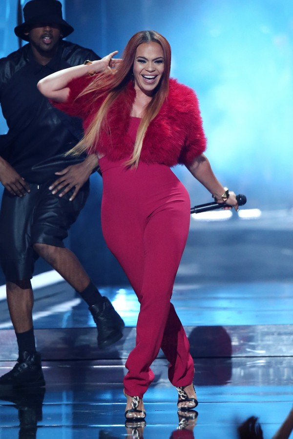 LOS ANGELES, CA - JUNE 28:  Singer Faith Evans performs onstage during the 2015 BET Awards at the Microsoft Theater on June 28, 2015 in Los Angeles, California.  (Photo by Mark Davis/BET/Getty Images for BET)