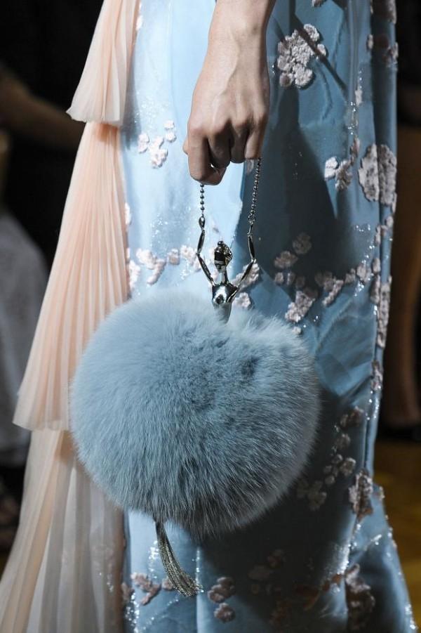 ulyana-sergeenko-details-haute-couture-fall-2015-pfw59