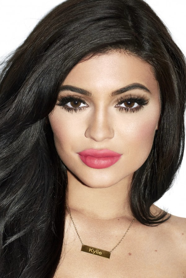 Kylie_Jenner_Galore_Mag_3