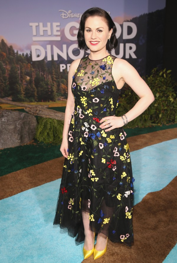HOLLYWOOD, CA - NOVEMBER 17: Actress Anna Paquin attends the World Premiere Of Disney-Pixar's THE GOOD DINOSAUR at the El Capitan Theatre on November 17, 2015 in Hollywood, California. (Photo by Jesse Grant/Getty Images for Disney) *** Local Caption *** Anna Paquin