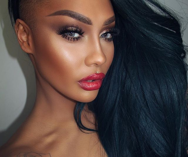 Get The Look: Sonjdra Deluxe Holiday Glam