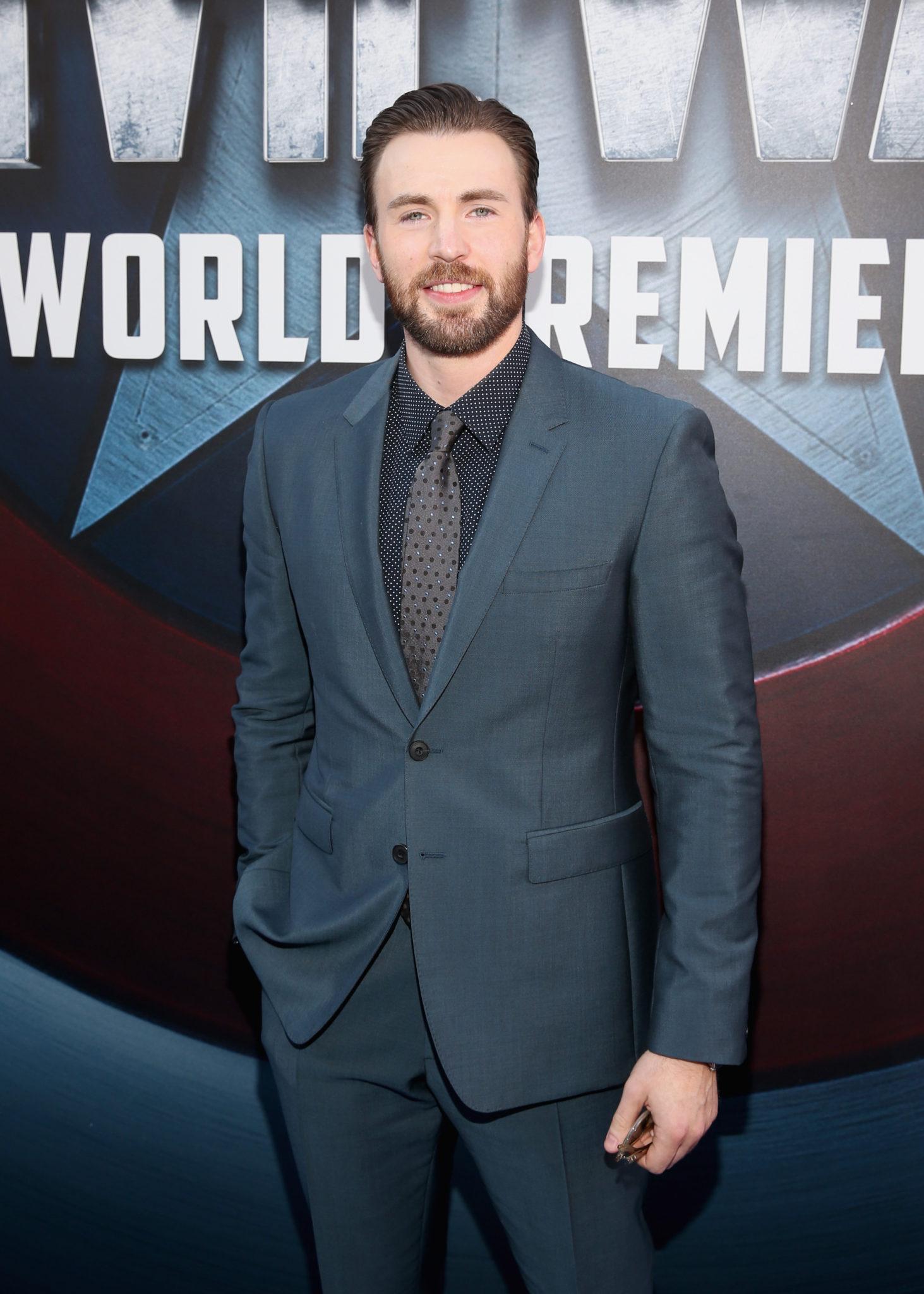 Wardrobe Breakdown: Chris Evans At 'Captain America: Civil War' Premiere
