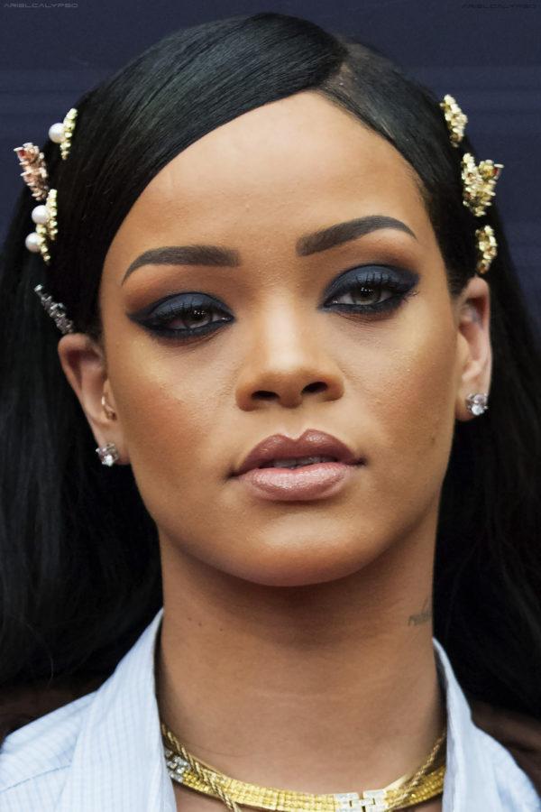 Get The Look Makeup Artist Jackie Aina Recreates Rihanna