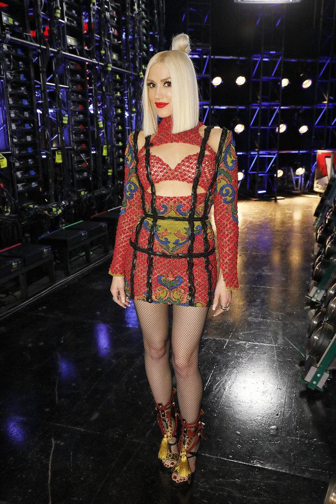 Wardrobe Breakdown: Gwen Stefani On The Voice Battle Round