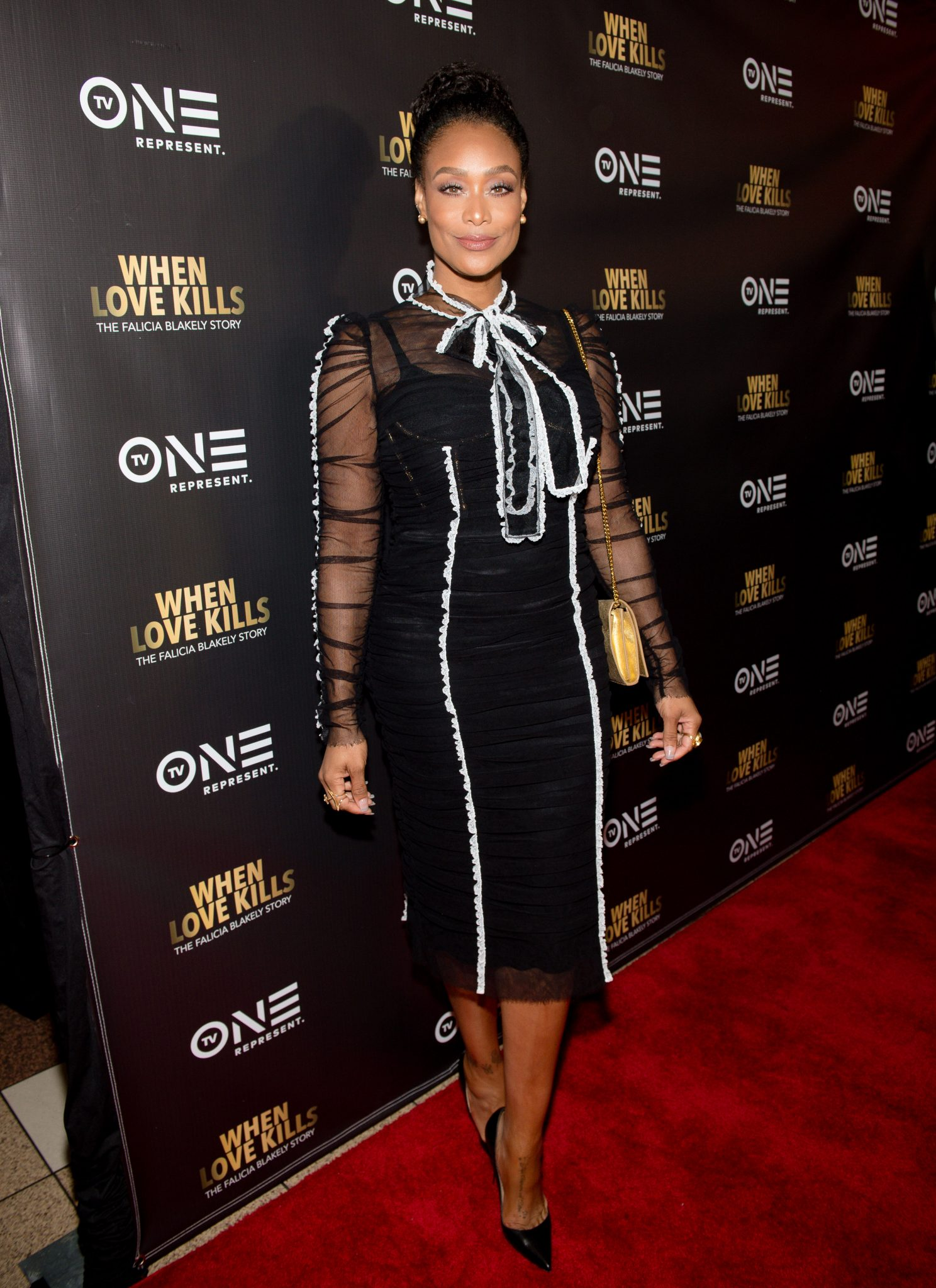 Wardrobe Breakdown: Tami Roman At When Love Kills Red Carpet Screening