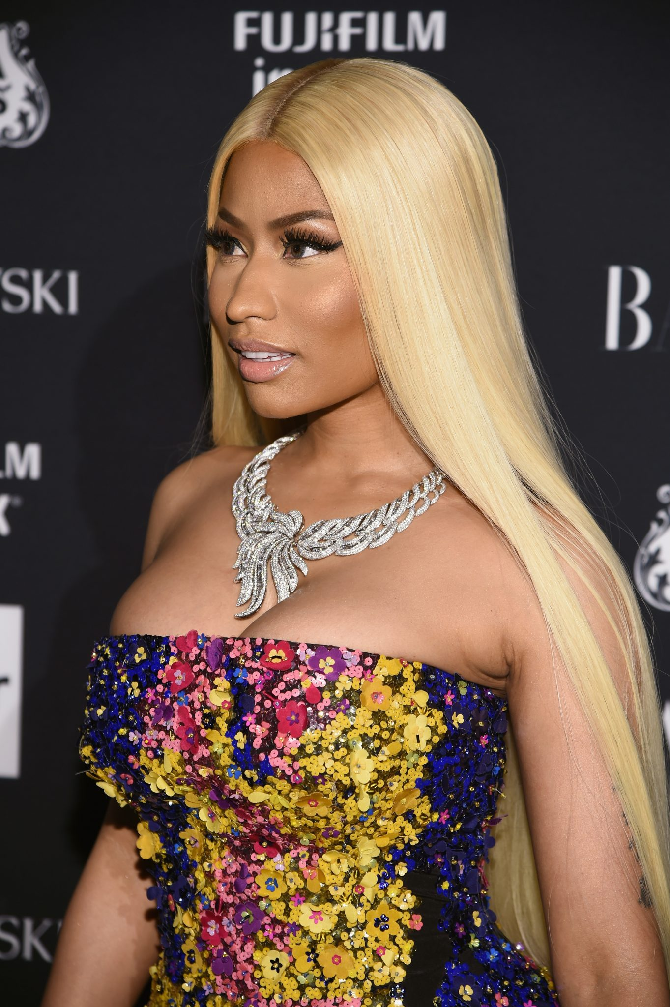 86bcbf641638 Rapper Nicki Minaj attended the Harper s BAZAAR Icon Celebration in New  York City yesterday evening and I must say