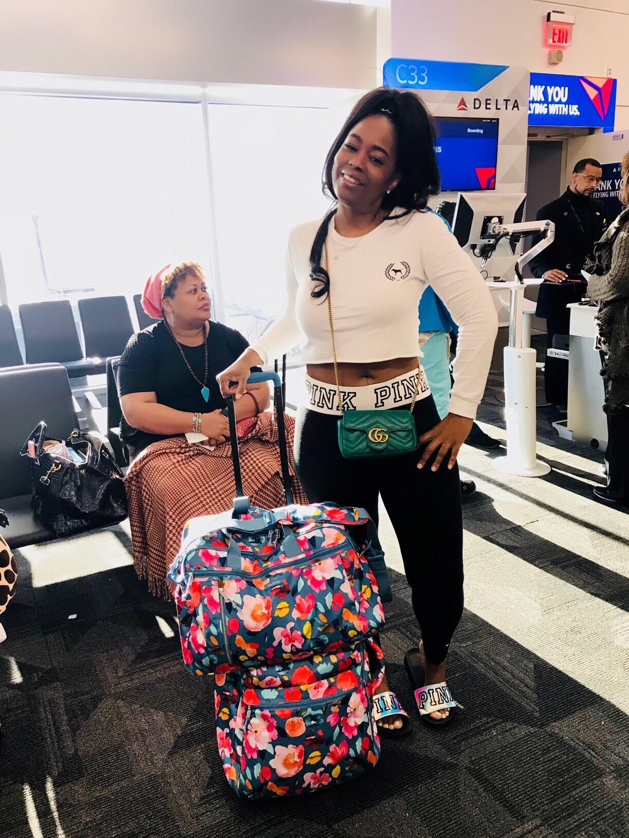 Vera Bradley Scattered Superbloom Foldable Roller & Weekender Travel Bag
