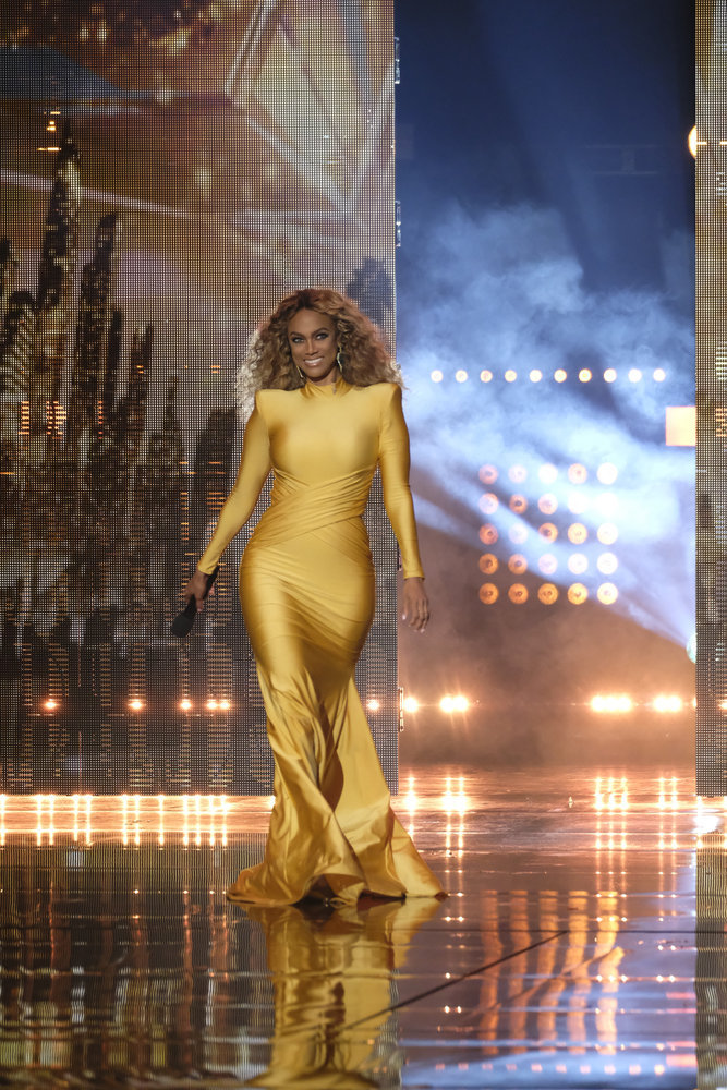 Wardrobe Breakdown: Tyra Banks On America's Got Talent