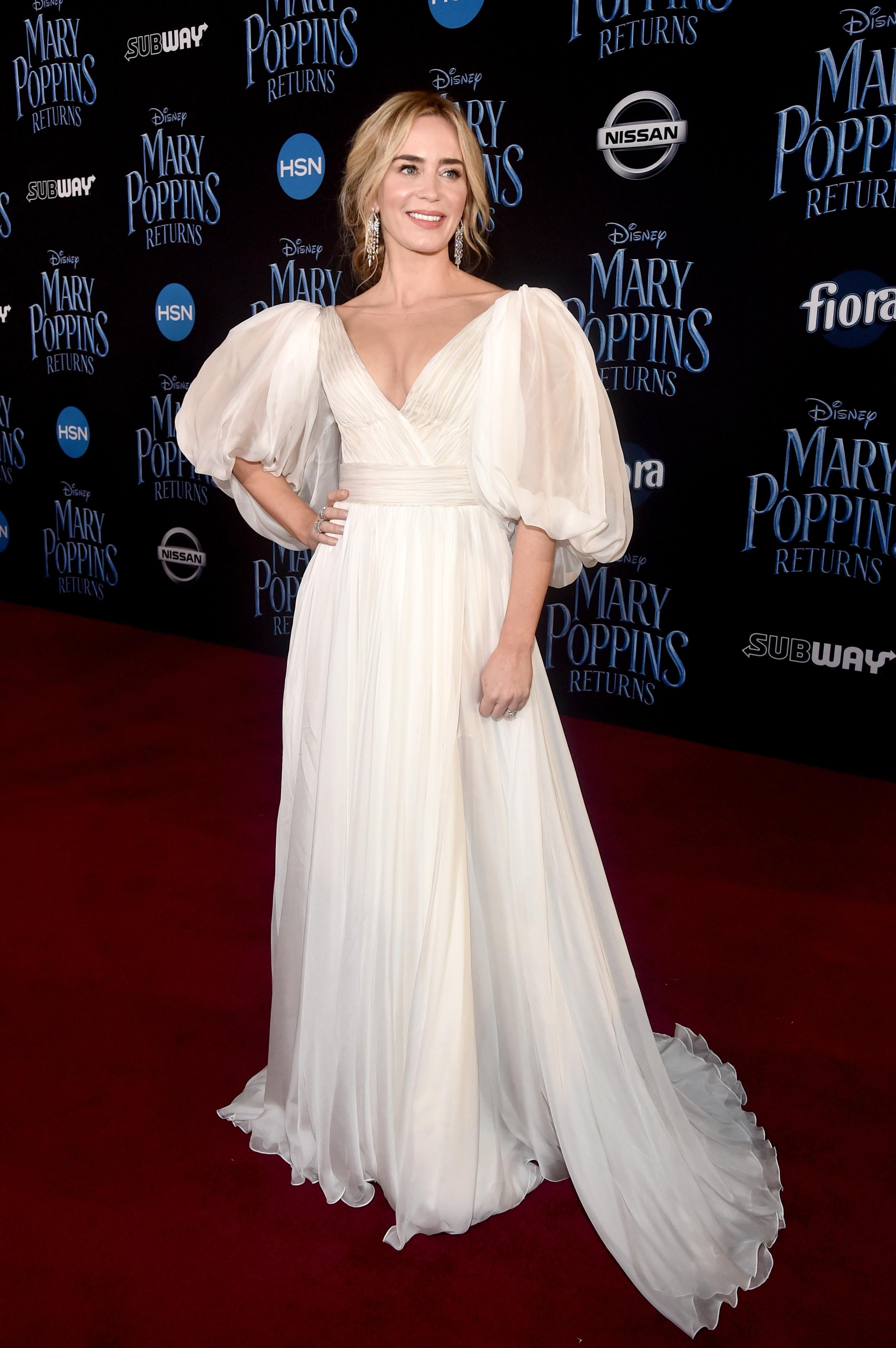 Wardrobe Breakdown: Emily Blunt At Mary Poppins Returns World Premiere