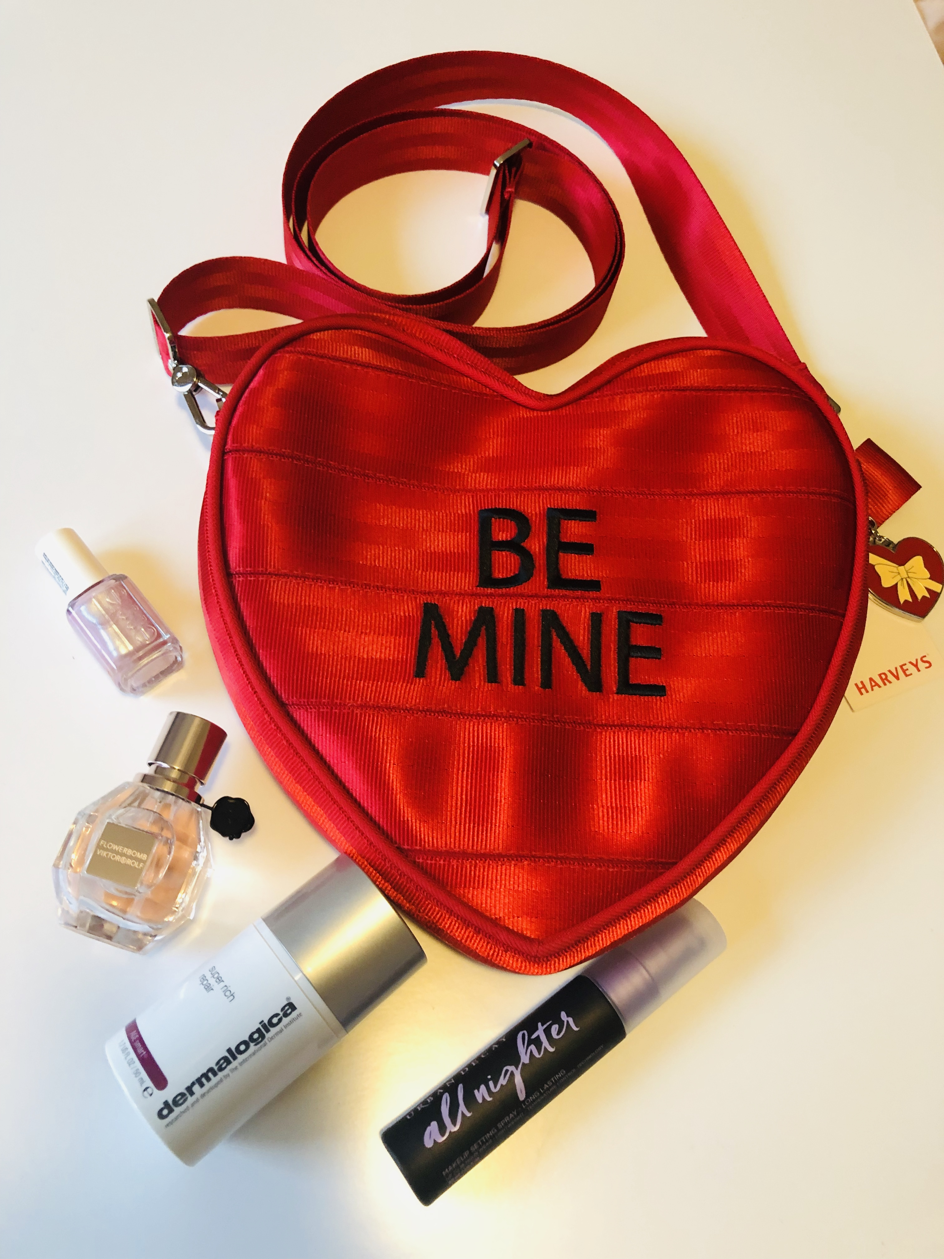 What's In My Bag: Harvey's Sweetheart Convertible/Be Mine