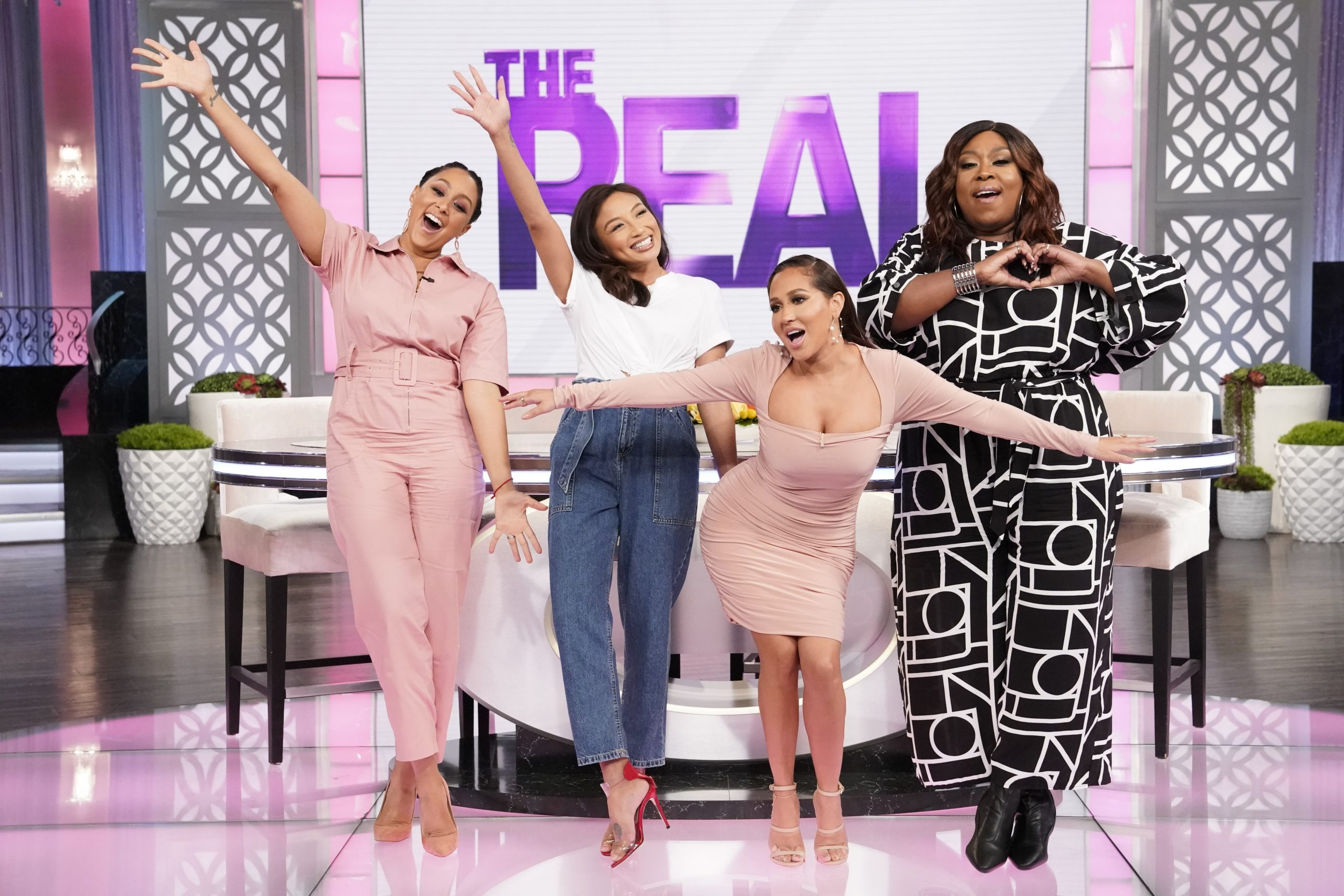 THE REAL: All New! Why Loni & Jeannie Decided To Share Their Relationships On Social Media
