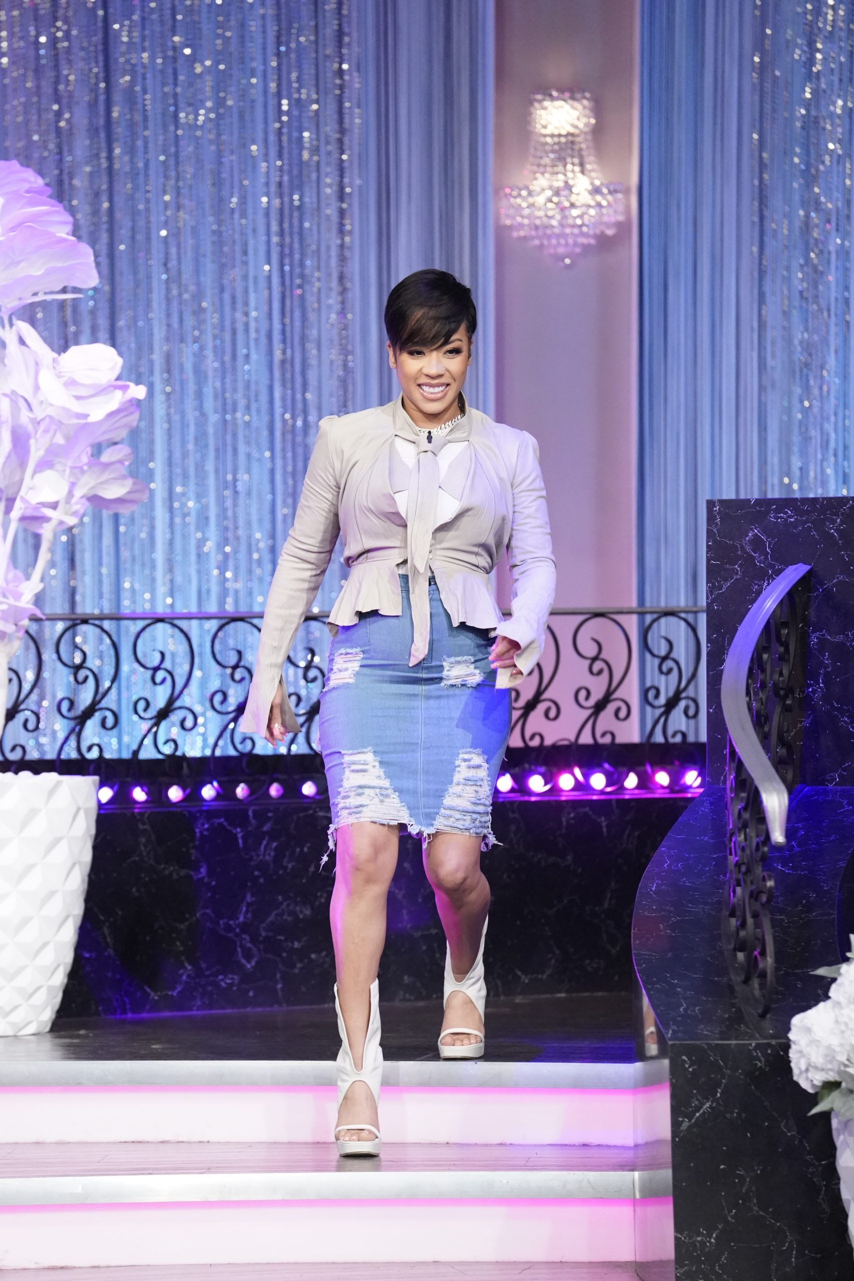 What Keyshia Cole Did When Guest Nick Cannon Was Late To Her Live Talk Show!