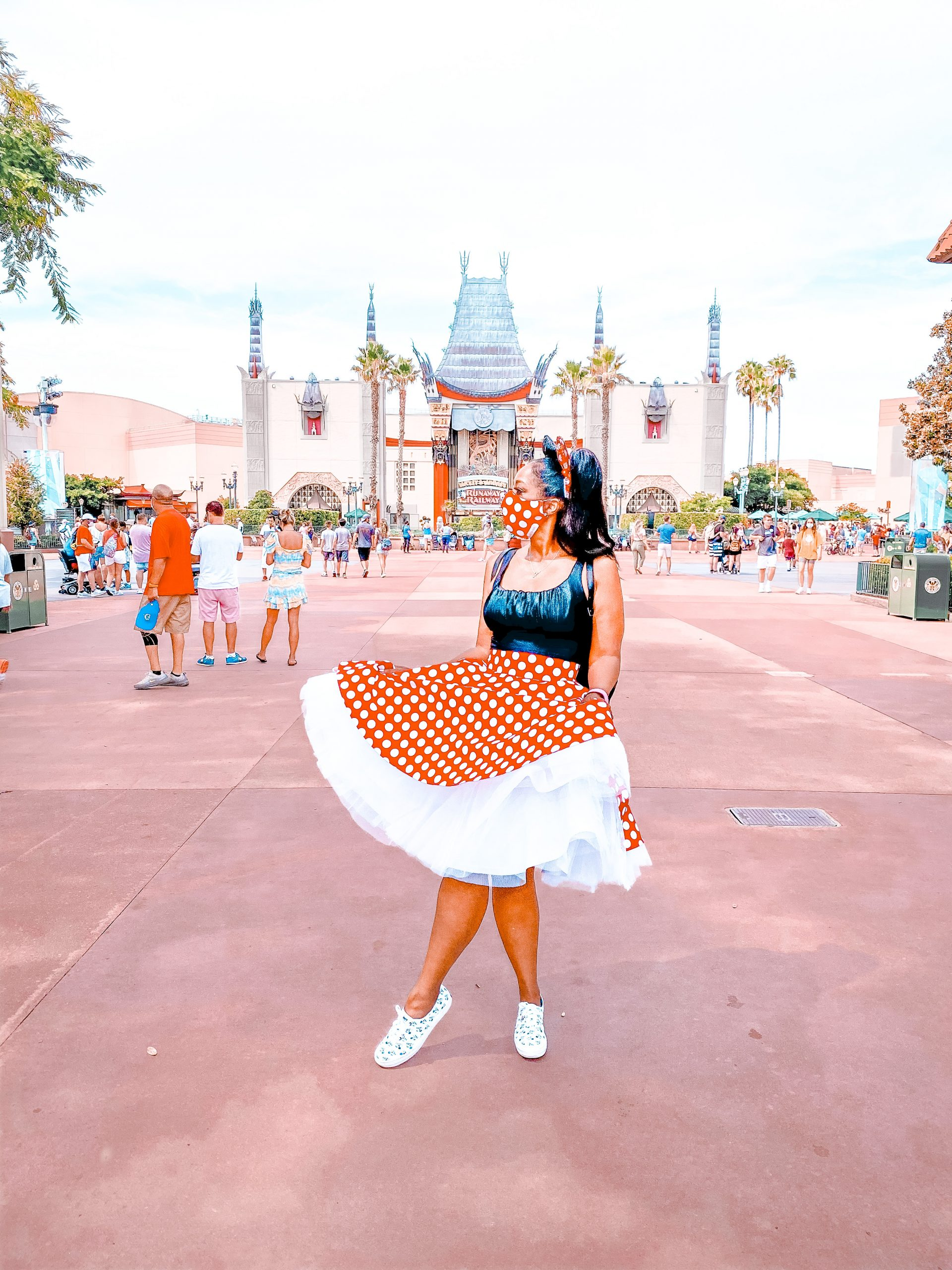 My Style: Custom Cleah Couture Minnie Mouse Swing Skirt & Mask