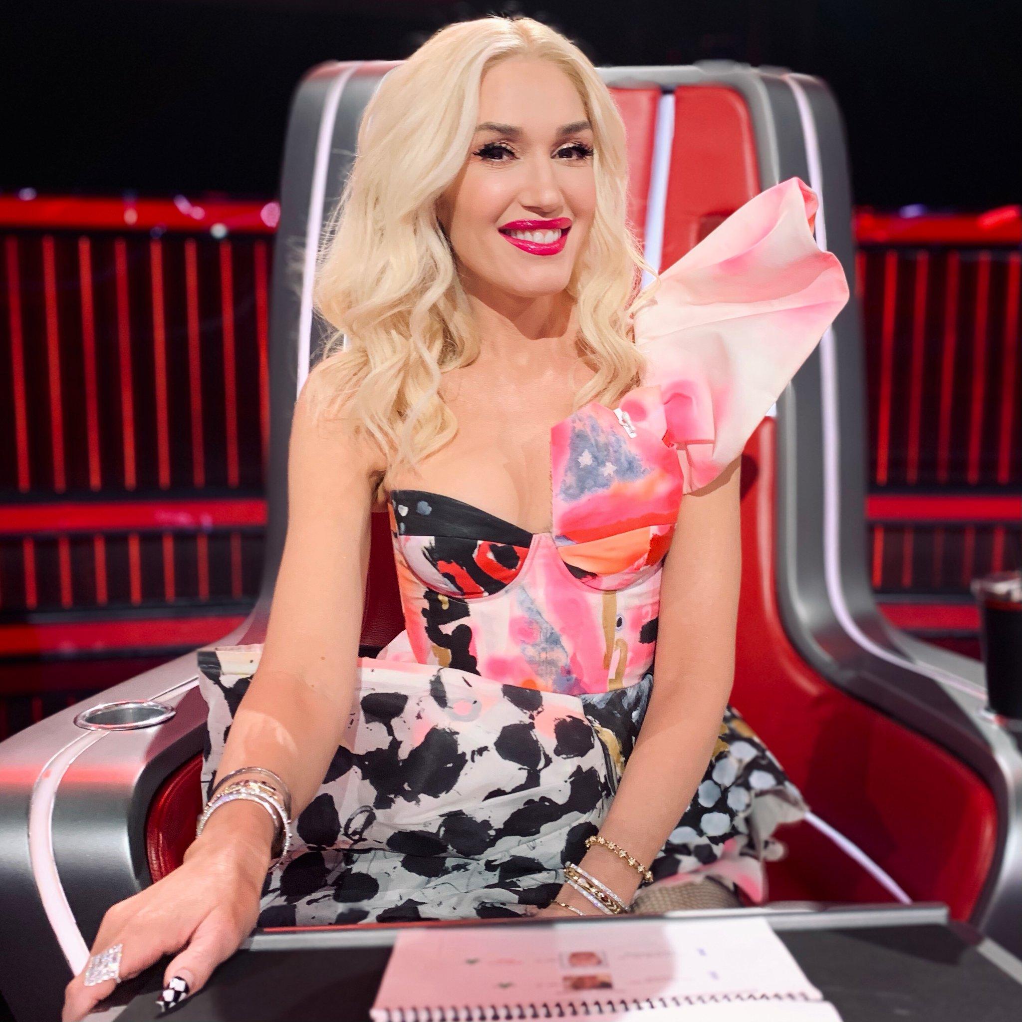 Wardrobe Breakdown: Gwen Stefani Live Top 17 Performances On The Voice