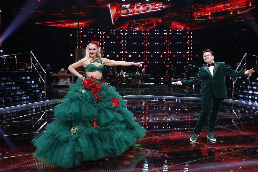 Wardrobe Breakdown: Gwen Stefani Live Finale Results 'The Voice'