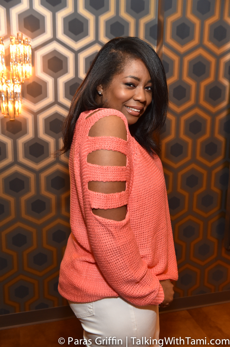 My Style: Slit Sleeve Coral Sweater