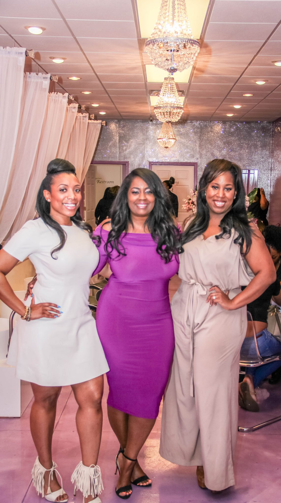 UltraViolet Nail Lounge & Beauty Bar 'It Girl' Glam Event