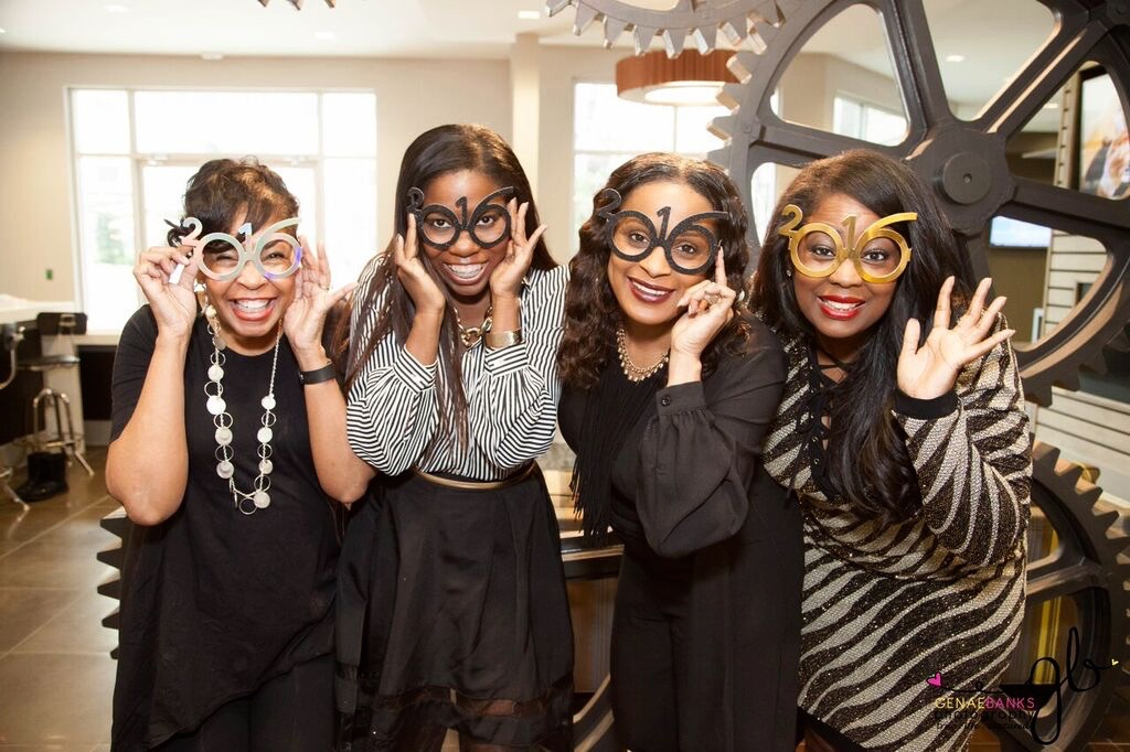 Talking With Tami's Girls Night In/Vision Board Party #BEAmazing2016