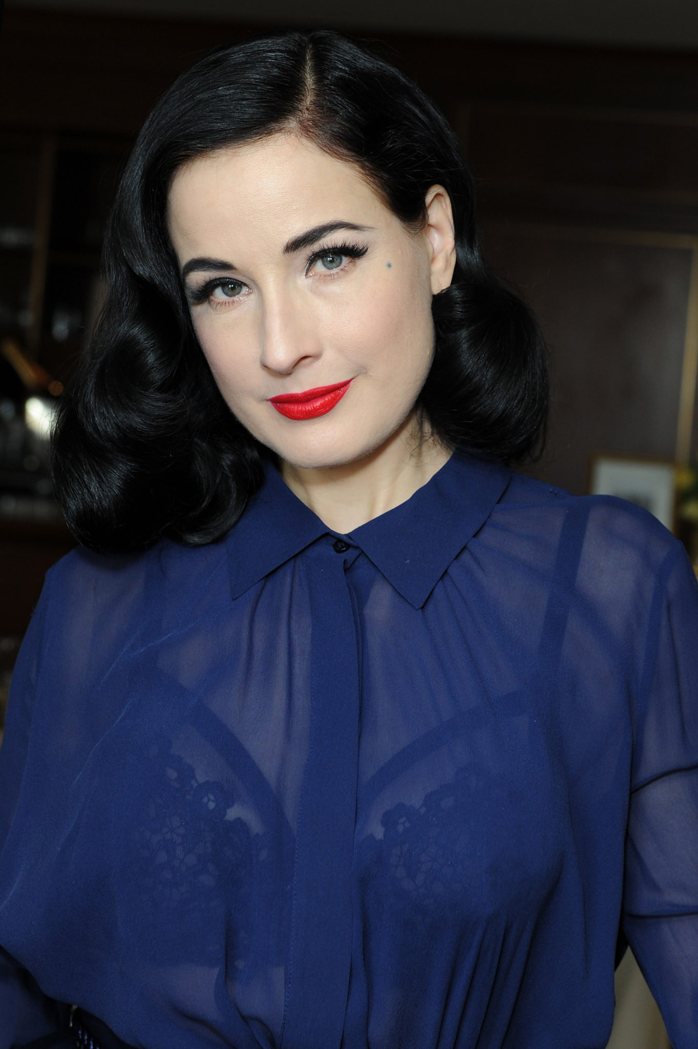 Wardrobe Breakdown: Dita Von Teese At SAG Awards 'Women In Hollywood' Luncheon
