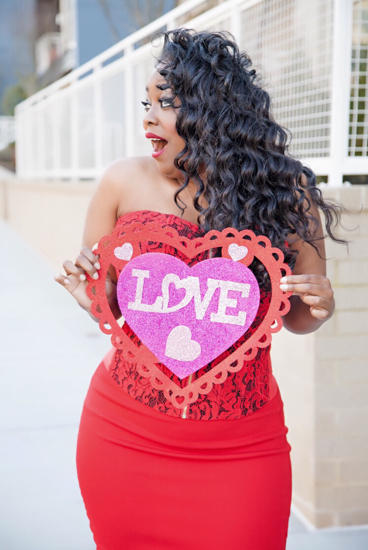 Valentine's Day 'Gift Card Giveaway' With Fashion To Figure