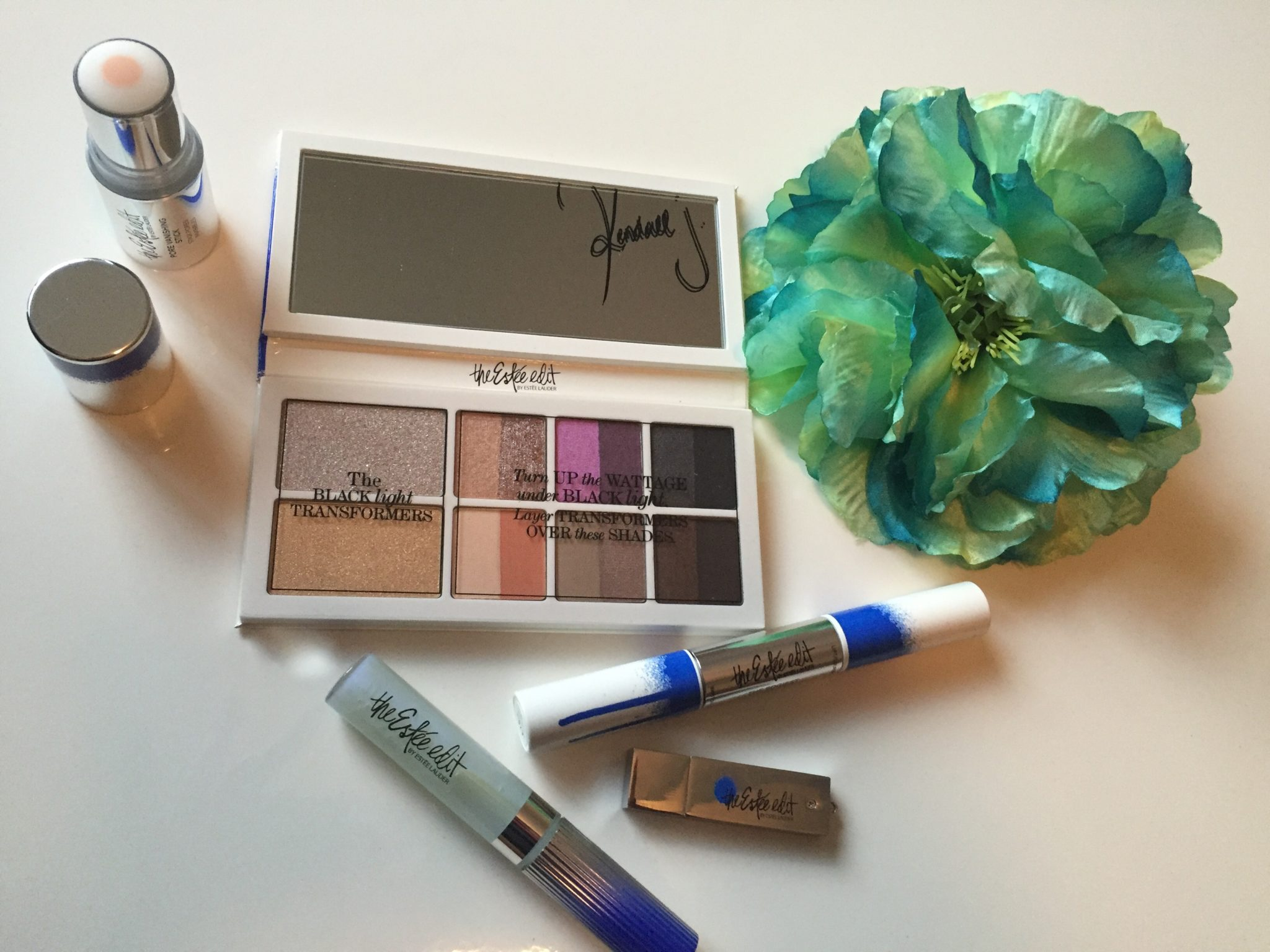 Pinky Review: The Estee Edit by Estee Lauder