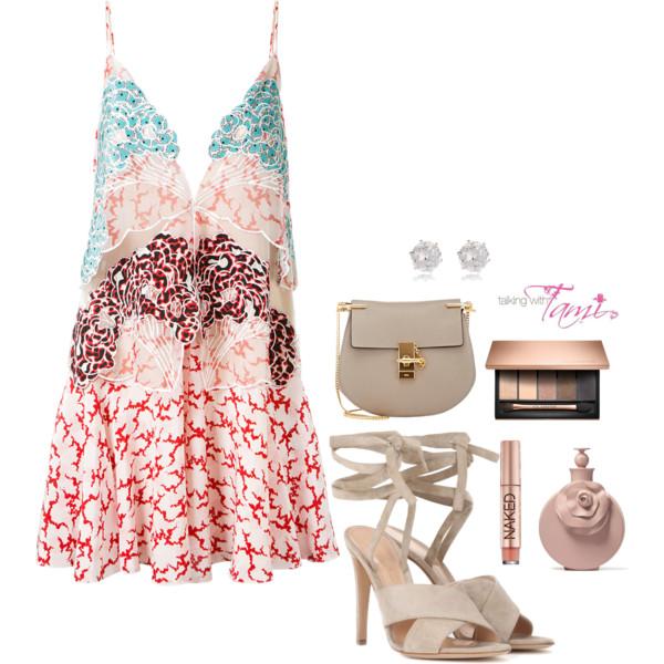 What To Wear: Beach Side Looks