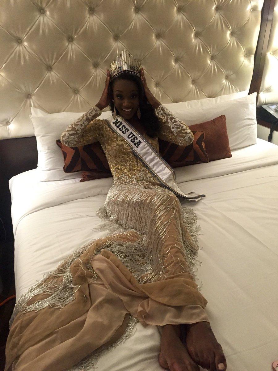 Wardrobe Breakdown: Miss USA 2016 Dashauna Barber