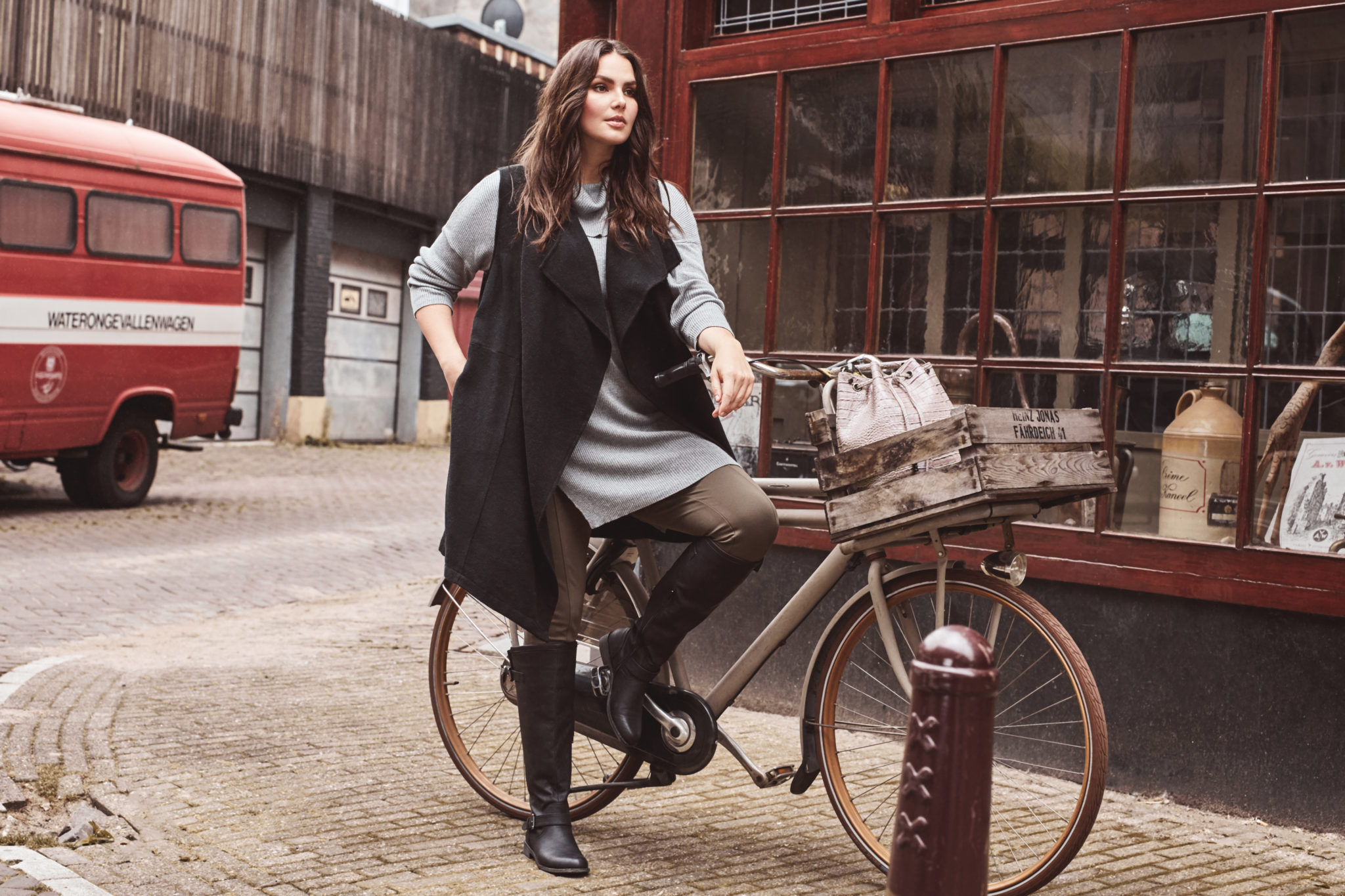 JustFab Launches 'All Size' Campaign #FABforAll