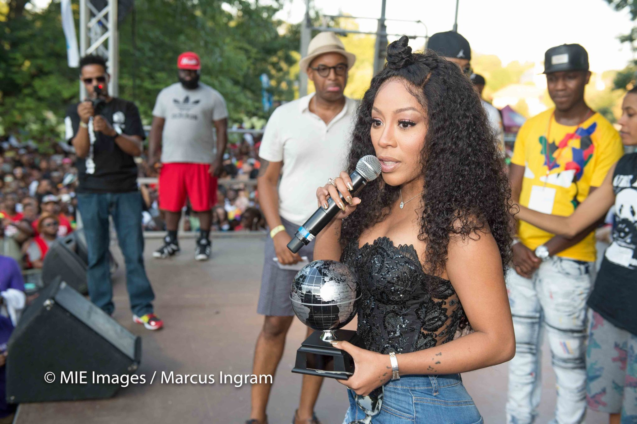 K. Michelle Awarded The 'Humanitarian Award' At Pure Heat Festival