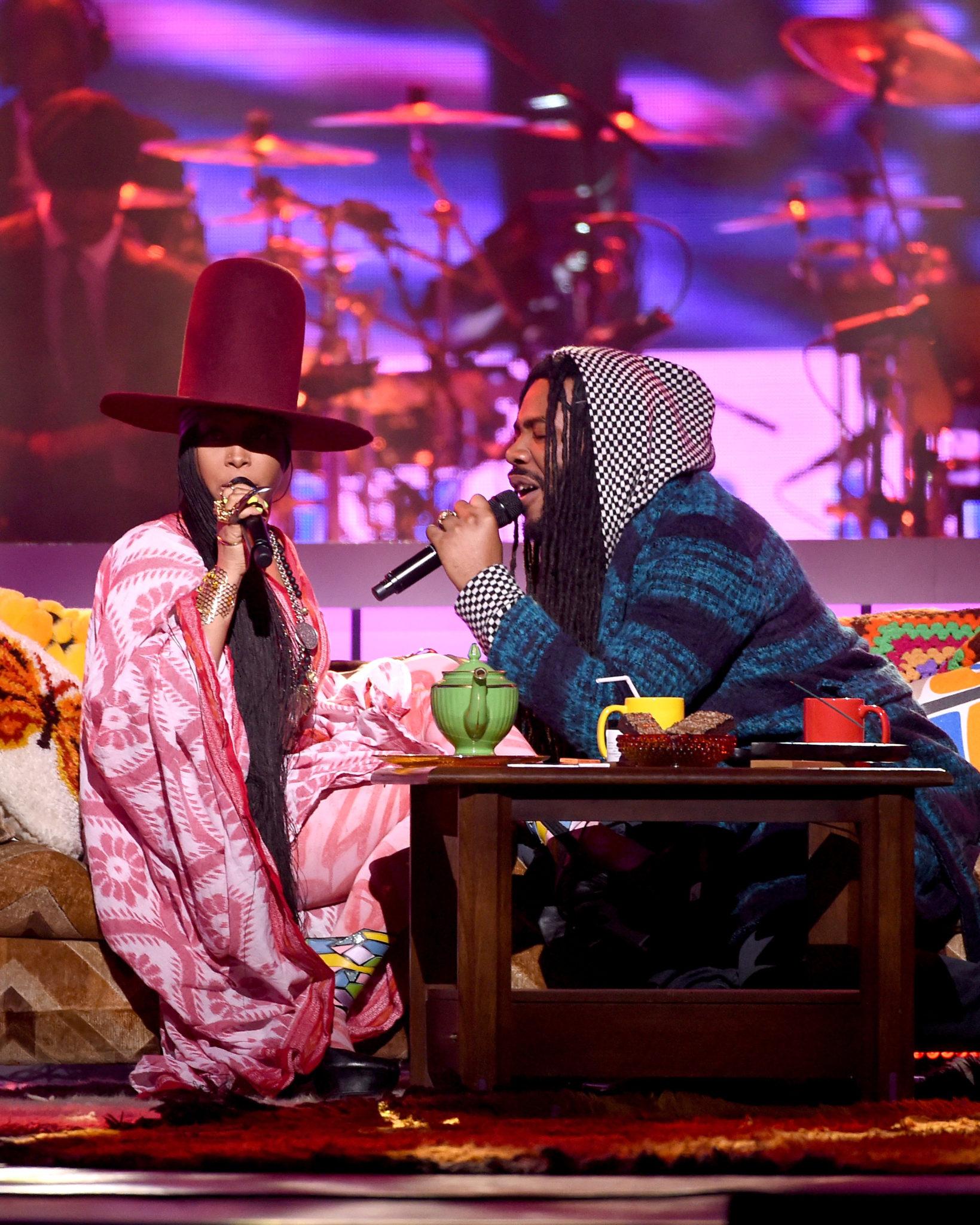 Erykah Badu & D.R.A.M Perform During The 'Soul Train Awards'