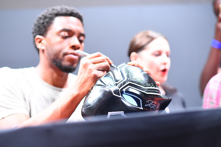 Black Panther Cast Sign Autographs During #D23Expo