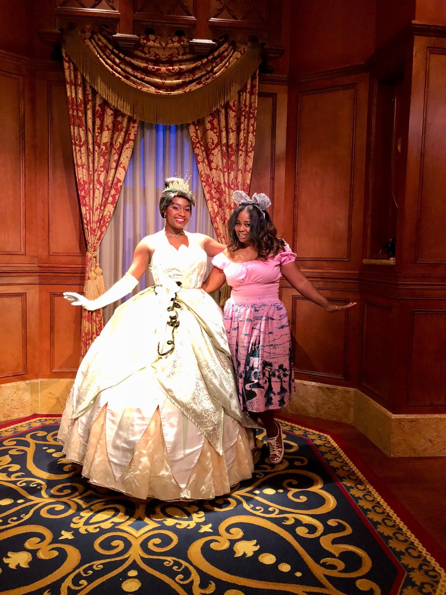 Meeting Lots Of Disney Princesses & Characters At Disney's Magic Kingdom