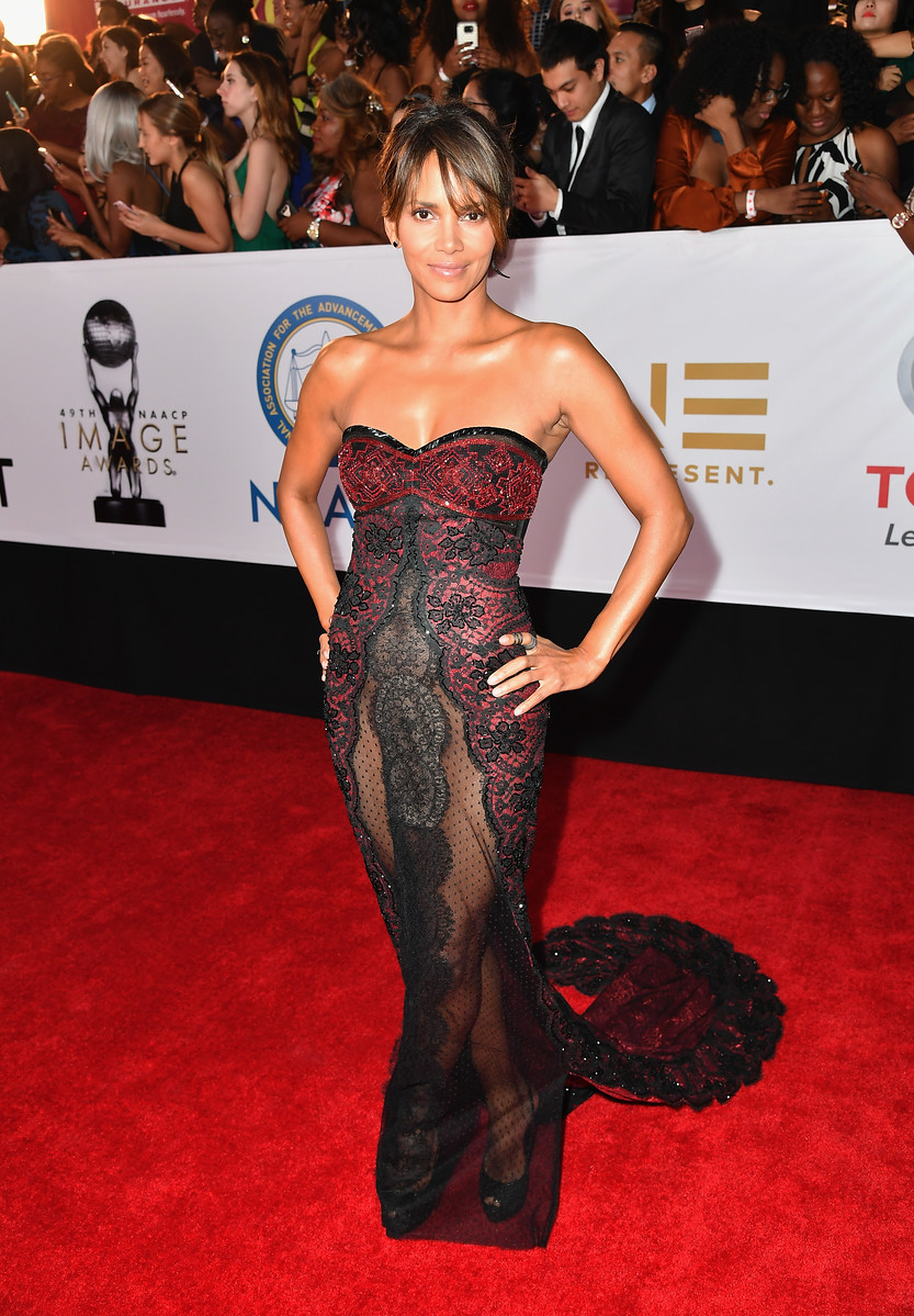 Red Carpet Arrivals: 49th Annual NAACP Image Awards