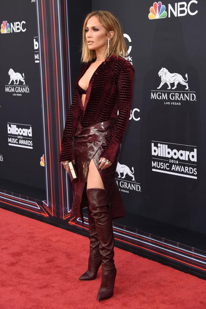 Wardrobe Breakdown: Jennifer Lopez At Billboard Music Awards