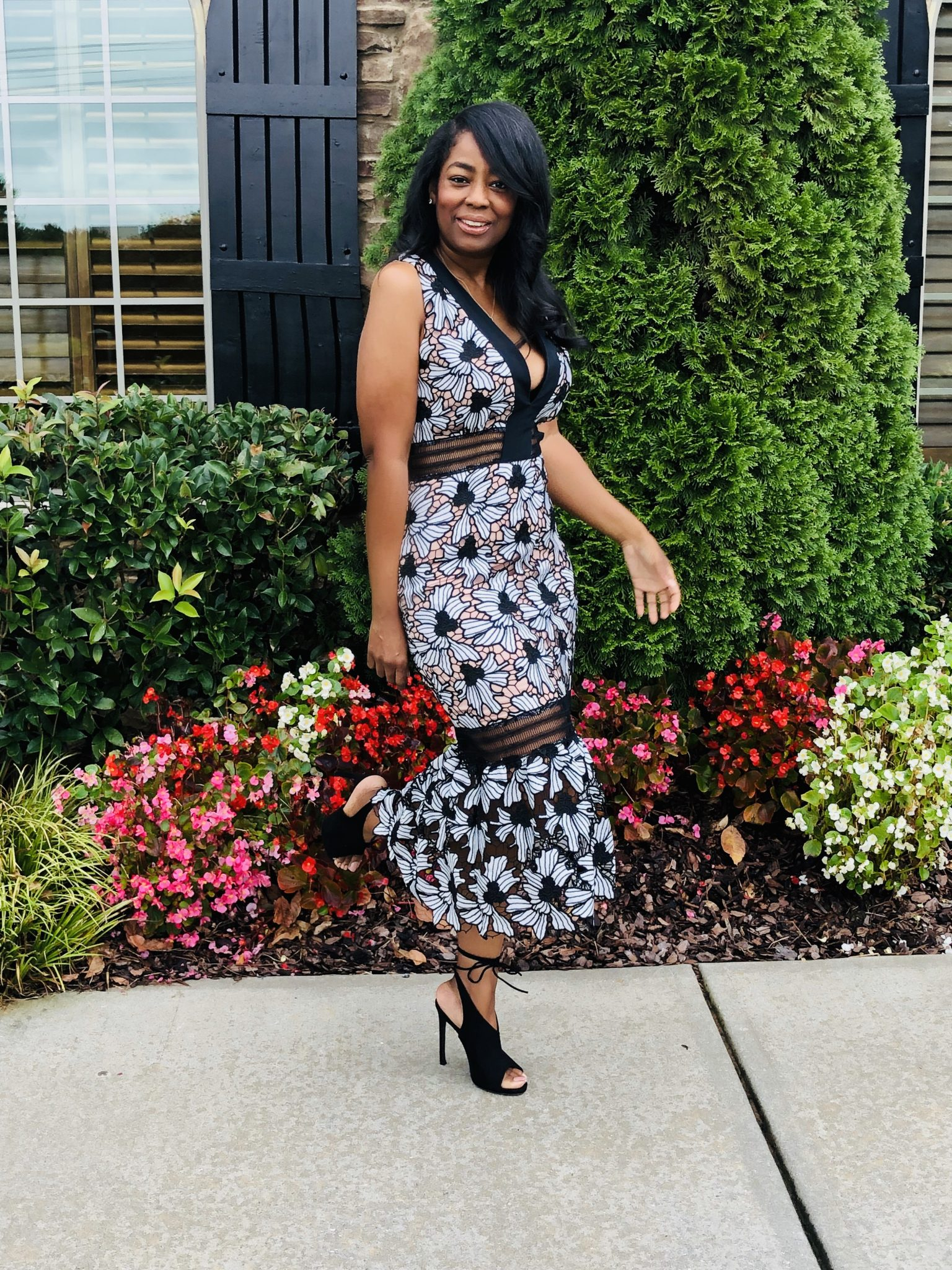 My Style: Rent The Runway Nicole Miller White Floral Lace Ruffle Dress