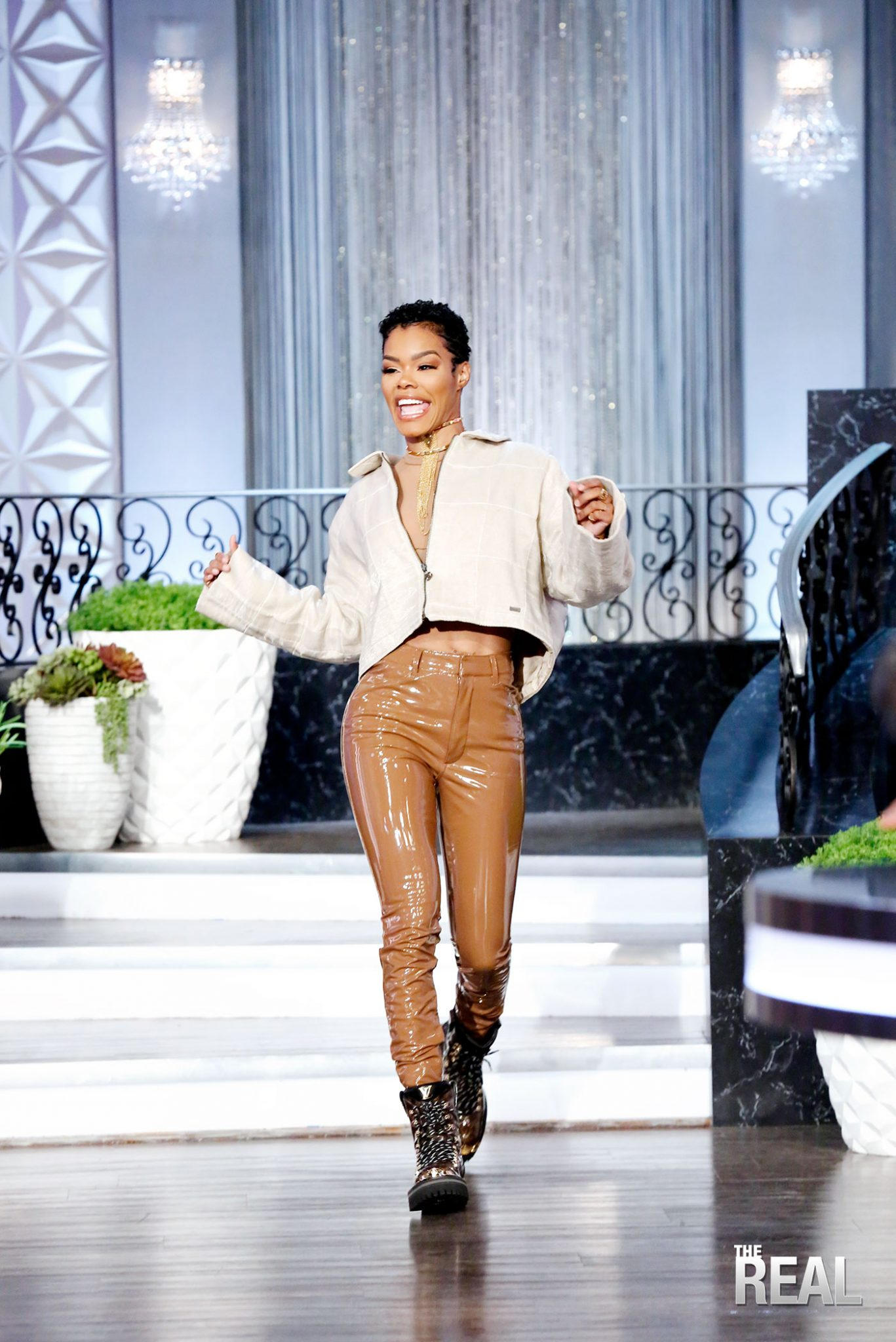 The Real Returned LIVE for Season 5 With Co-Host Teyana Taylor