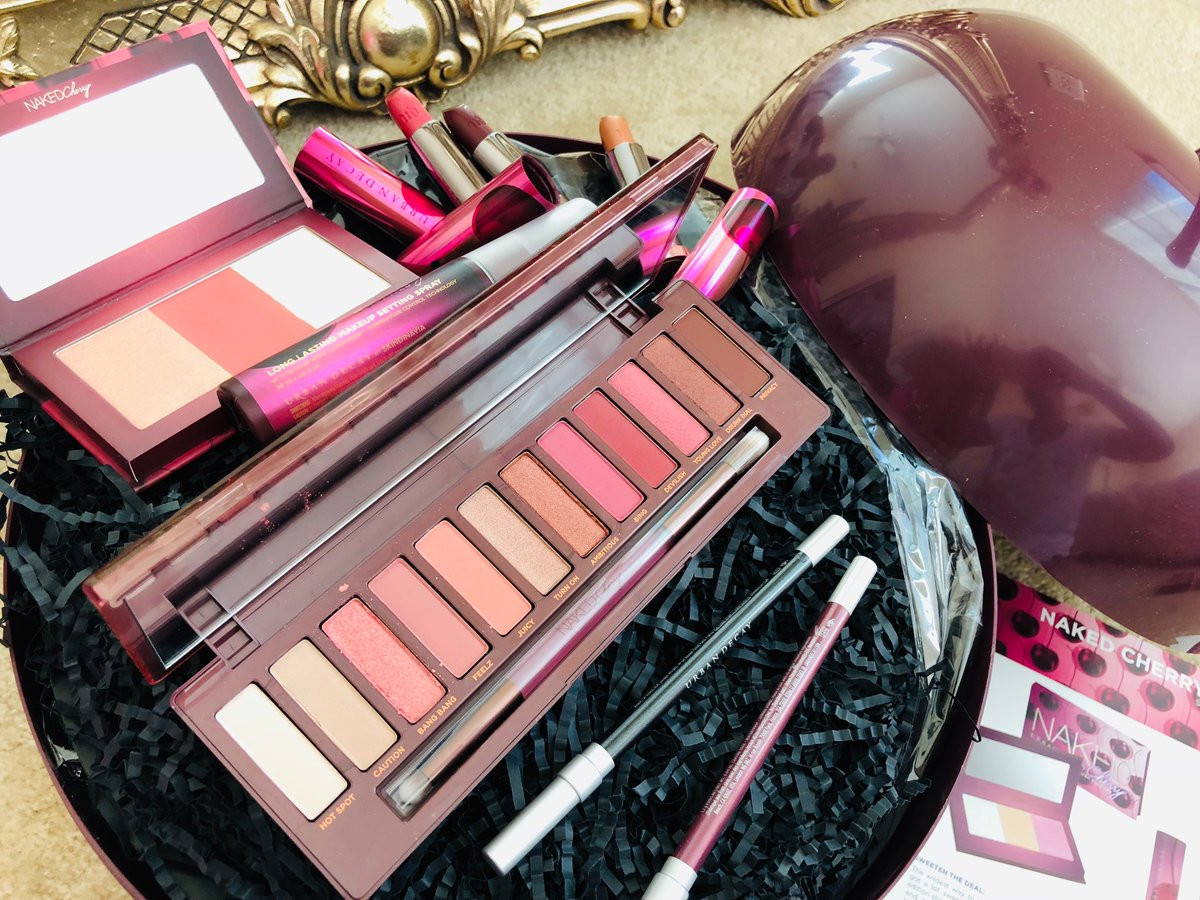 Get The Look: Urban Decay Cherry Collection