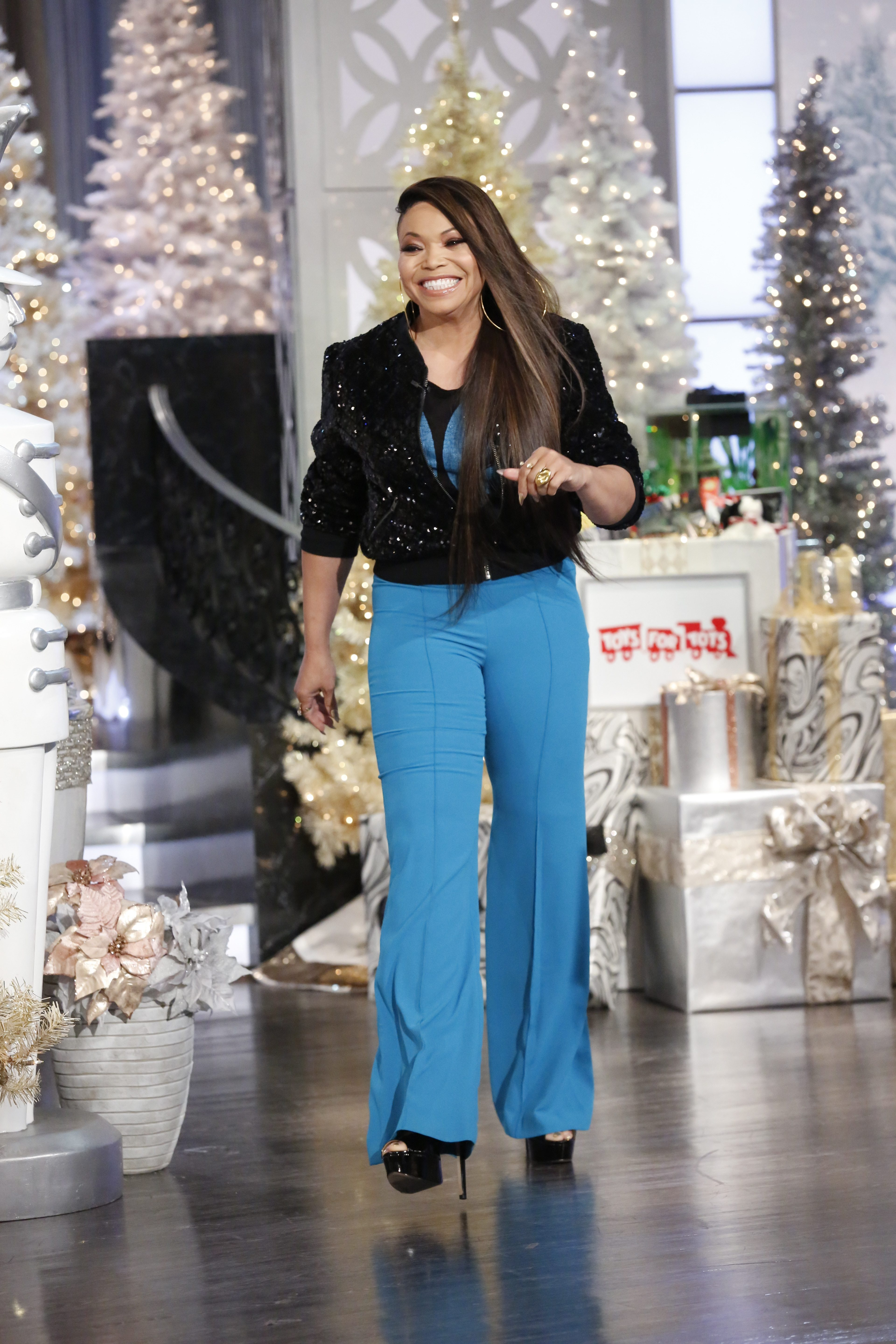 THE REAL Welcomes Tisha Campbell And Co-Host Adrienne Houghton Talks Tattoos and Exes