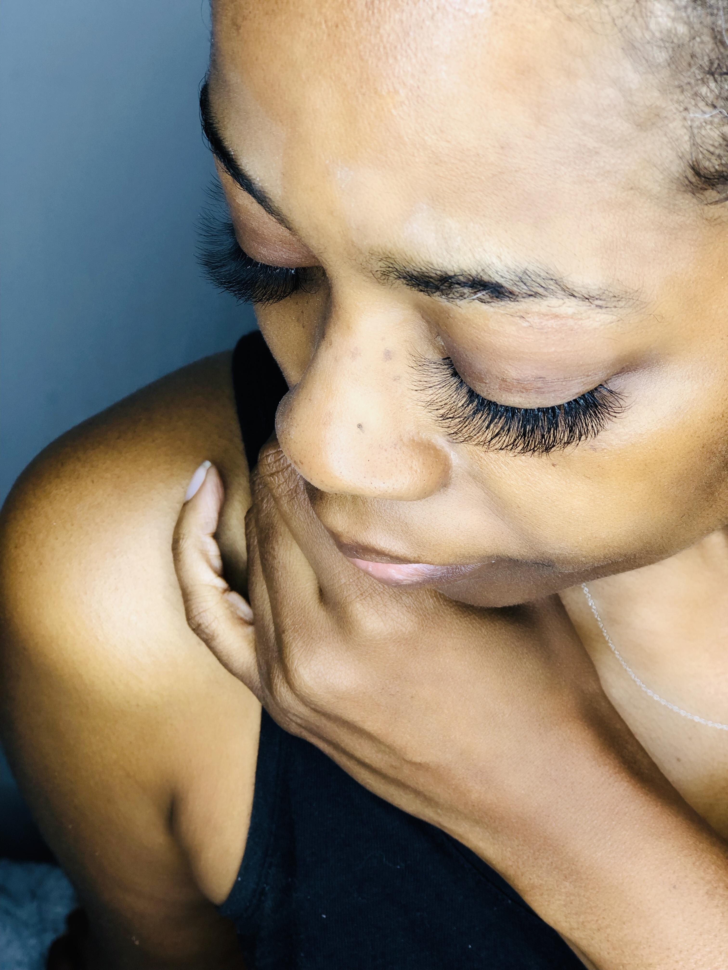 Volume Eyelashes With Atlanta Favorite Makeup Artist Day