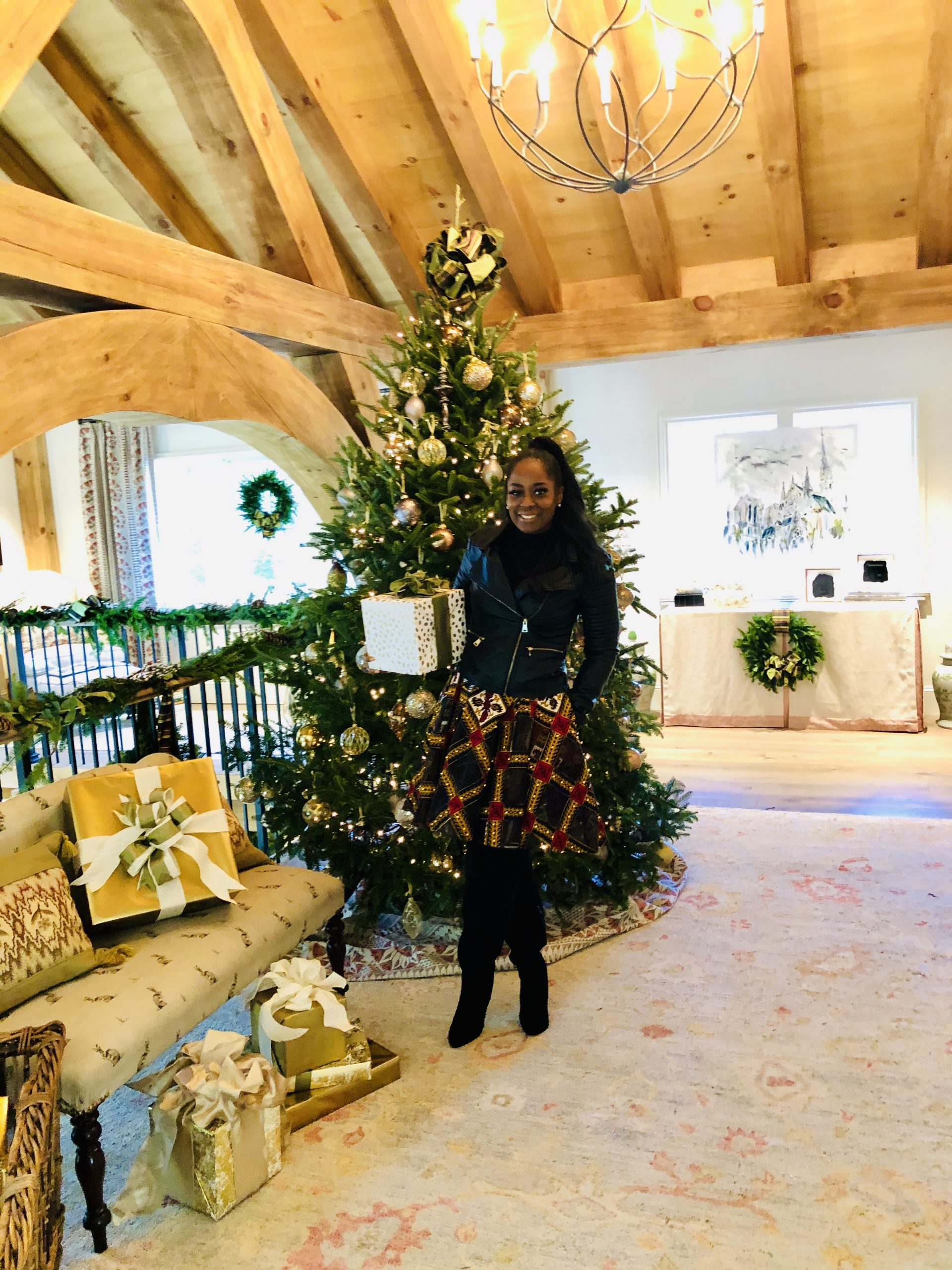 Atlanta Homes & Lifestyles Presents Home For The Holidays Showhouse