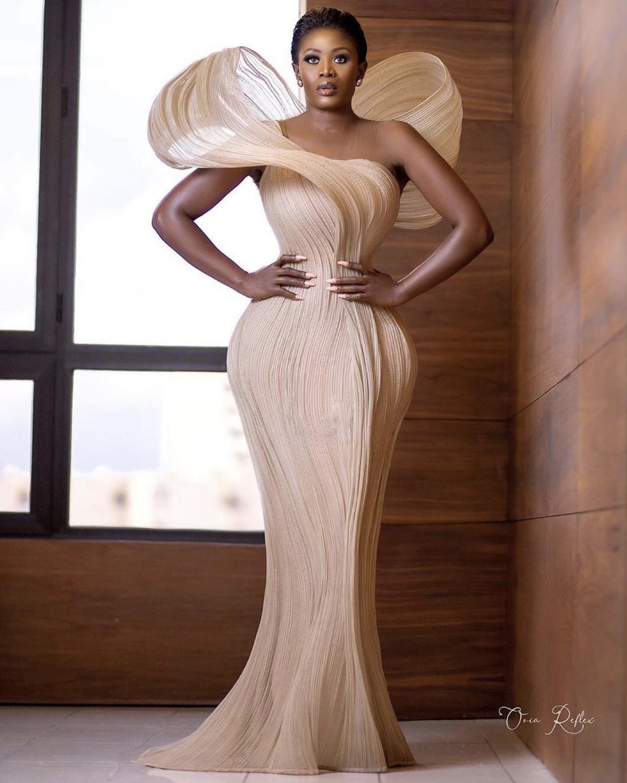 Wardrobe Breakdown: Nana Akua Addo At The African Magic Viewers Choice Awards