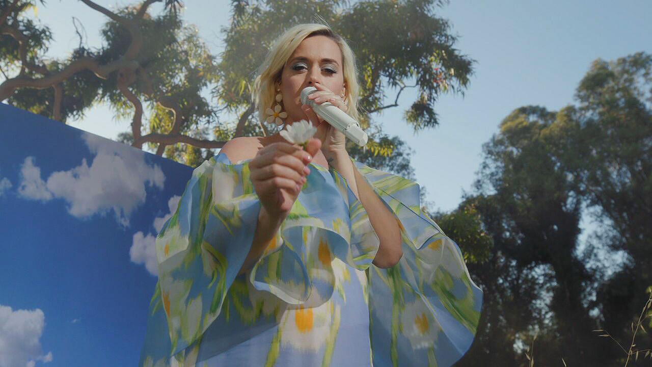 Wardrobe Breakdown: Katy Perry On Good Morning America