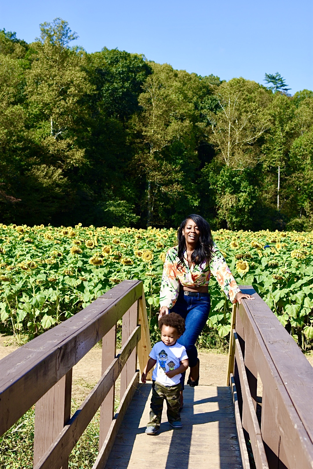 A Pretty Day Out For Sunflower Fields!