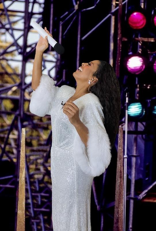 'Tamron Hall' Celebrates Halloween-Eve In Costume As Legendary Diana Ross