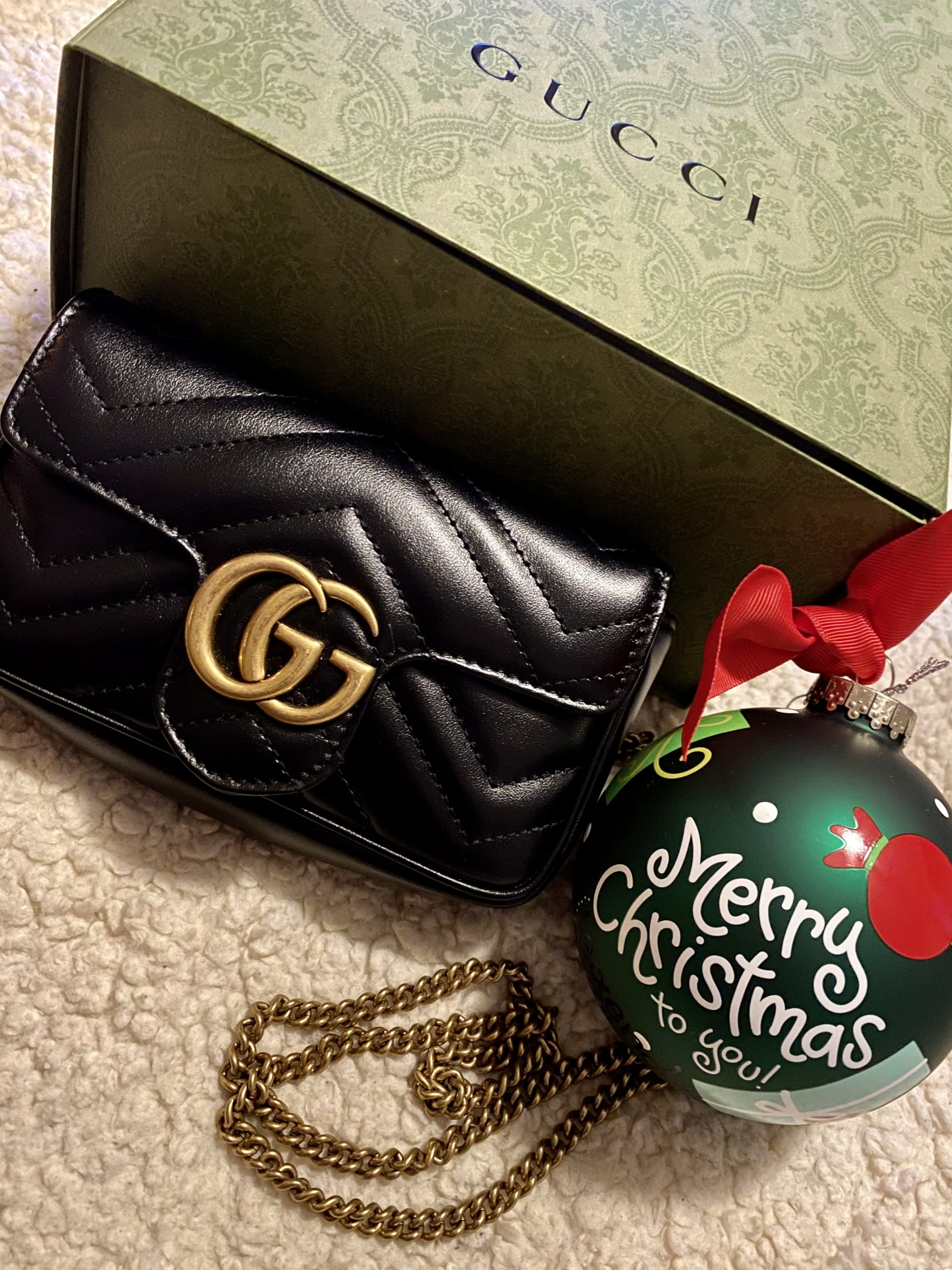 What's In My Bag: Gucci GG Marmont Matelassé Leather Super Mini Bag
