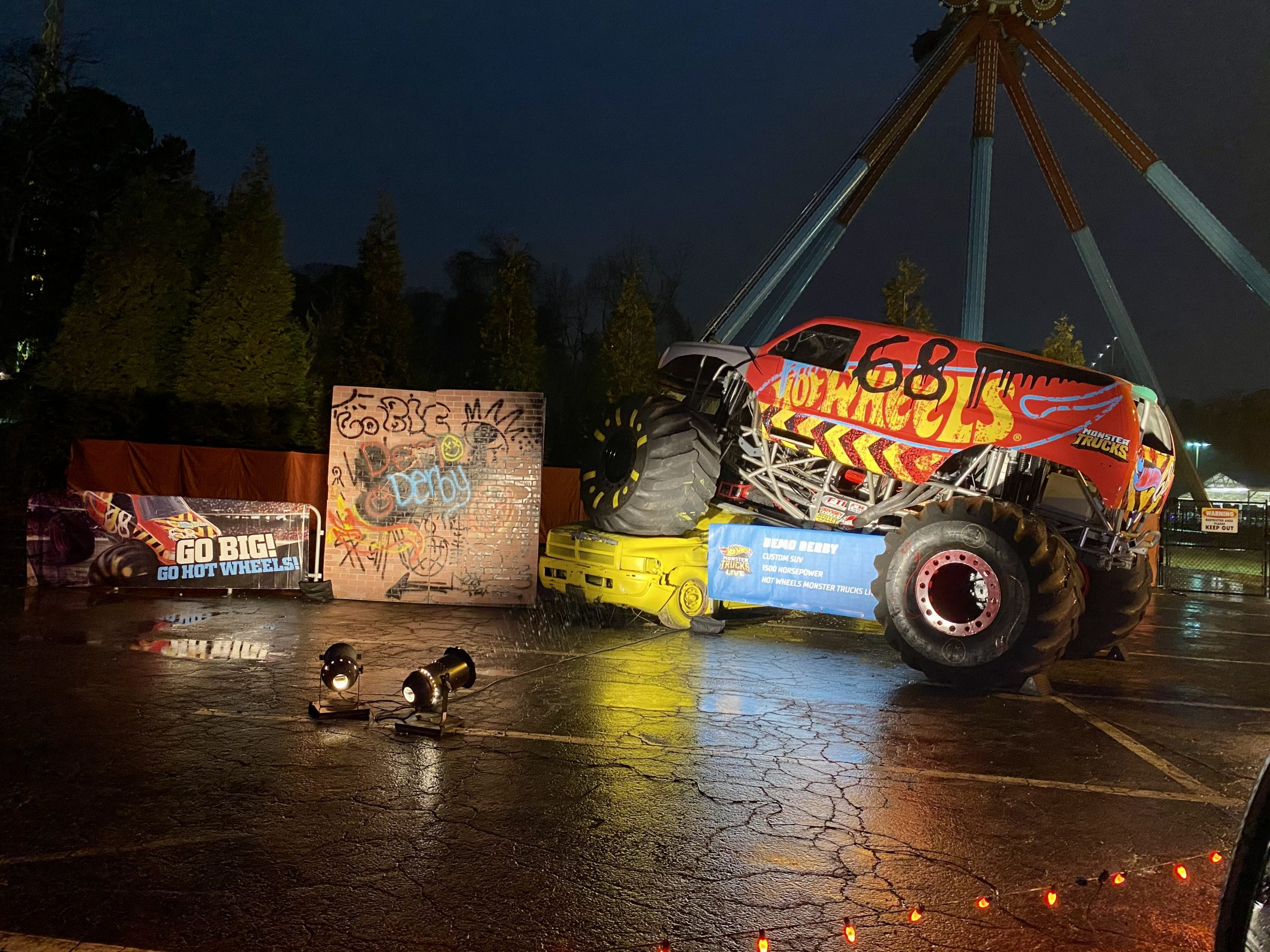 My Experience At Hot Wheels Ultimate Drive-Thru At Six Flags Over Ga