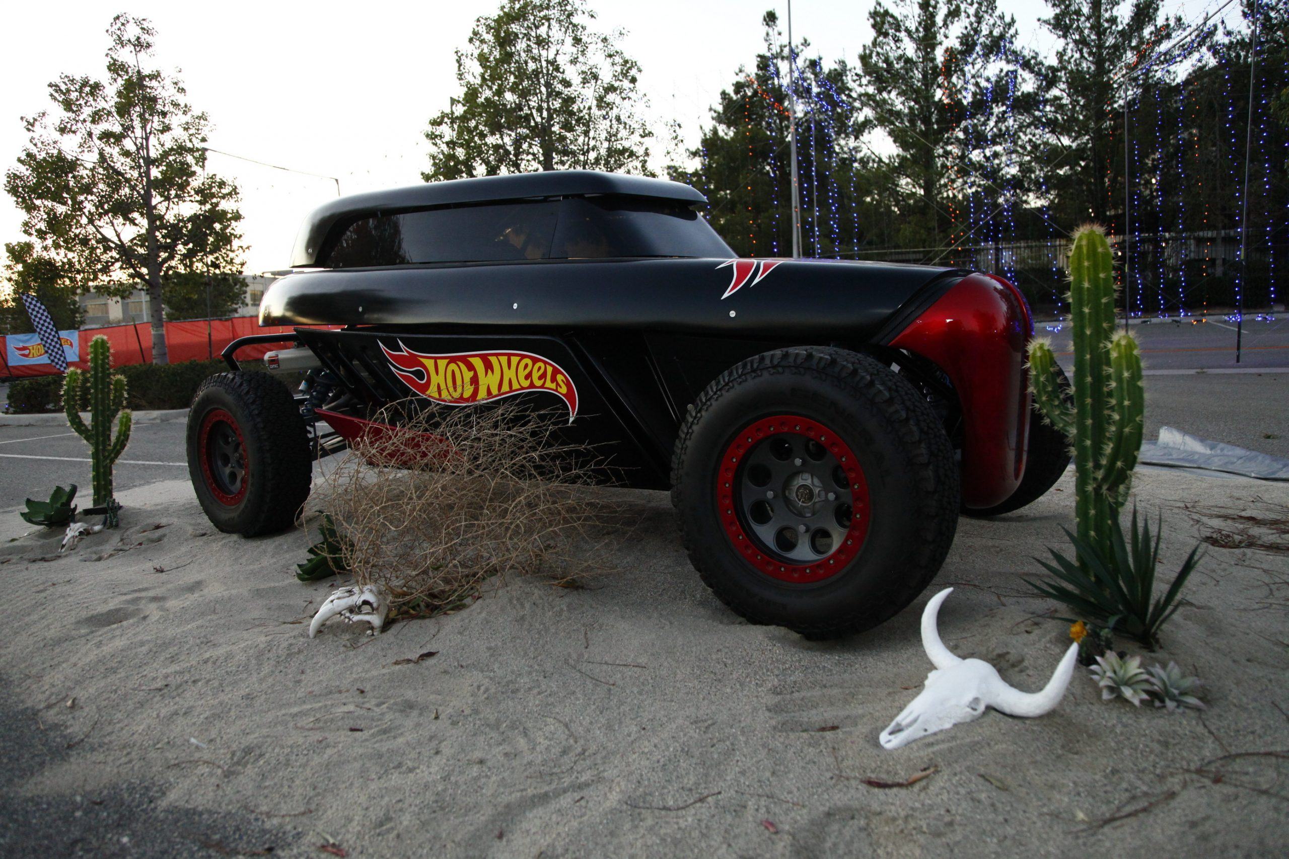 Hot Wheels Ultimate Drive-Thru Coming To Six Flags Over Georgia